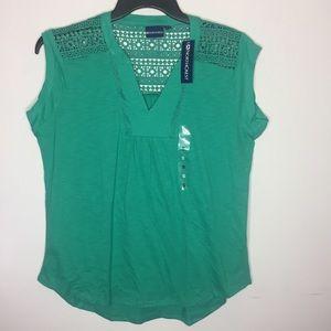 Northcrest Small Green Shirt